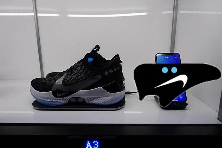Умные самозашнуровывающиеся кроссовки Nike ломаются при подключении к Android