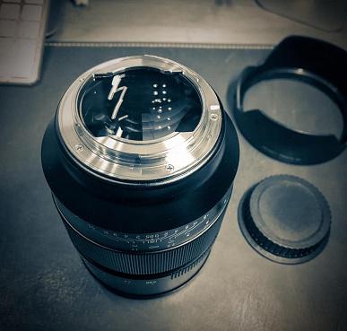 Полнокадровый объектив Speedmaster 50mm f/0.95 III оценен в 900 долларов