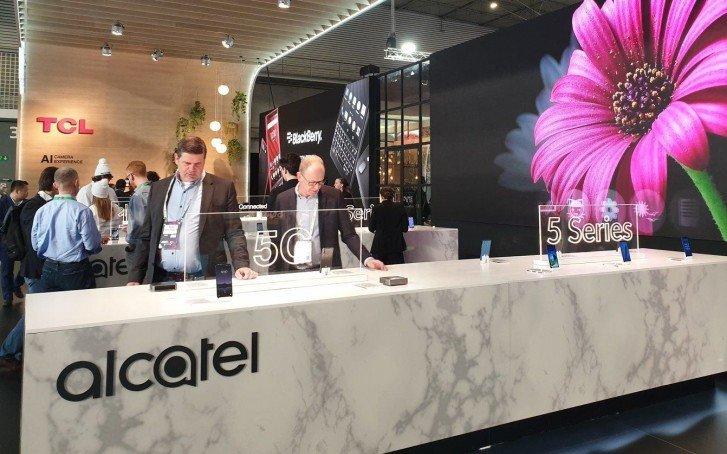 TCL анонсировала на MWC 2019 мобильный роутер с поддержкой 5G на базе модема MediaTek