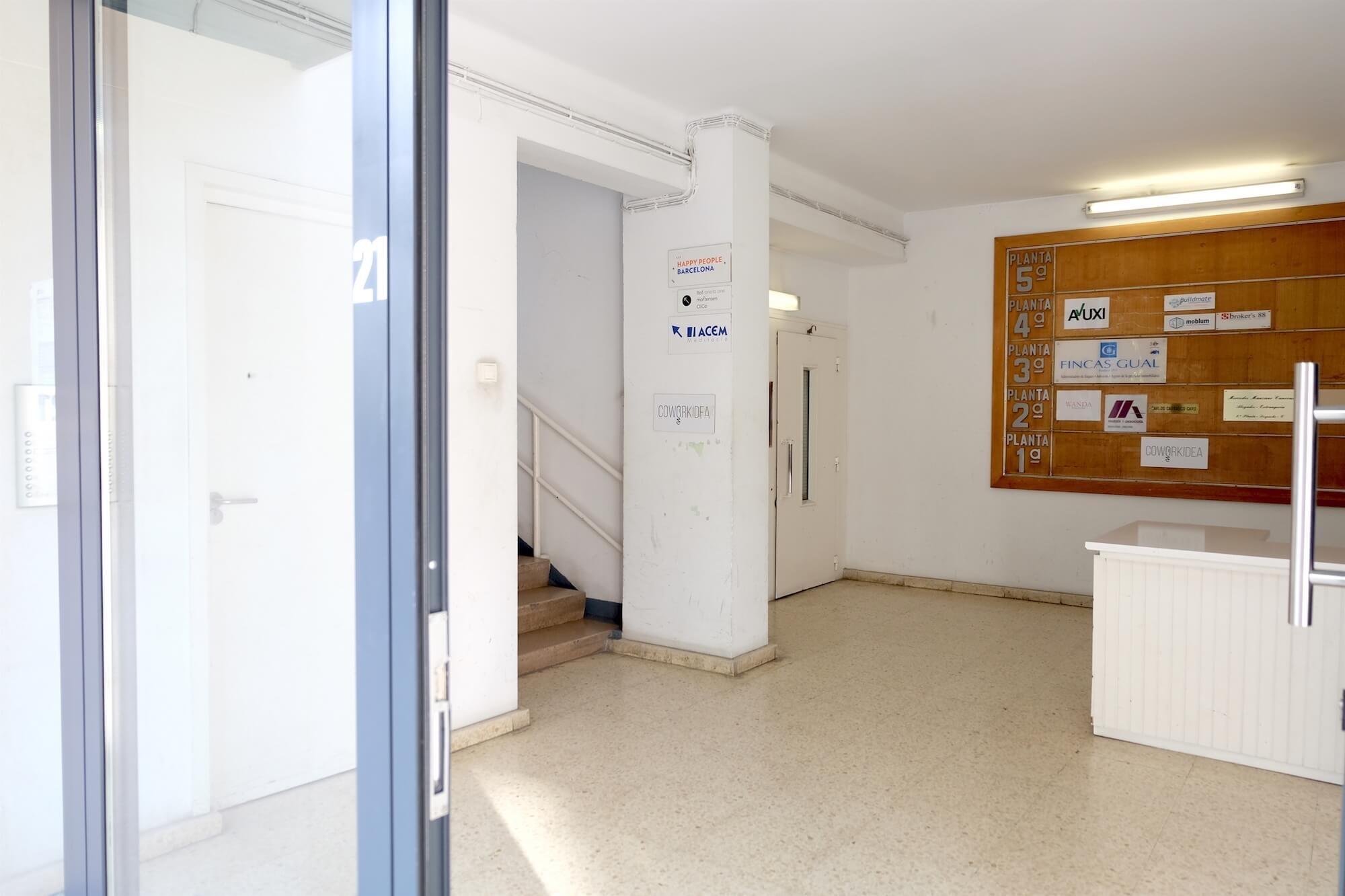 Фотоэкскурсия по коворкингу «Coworkidea» (Барселона) - 7