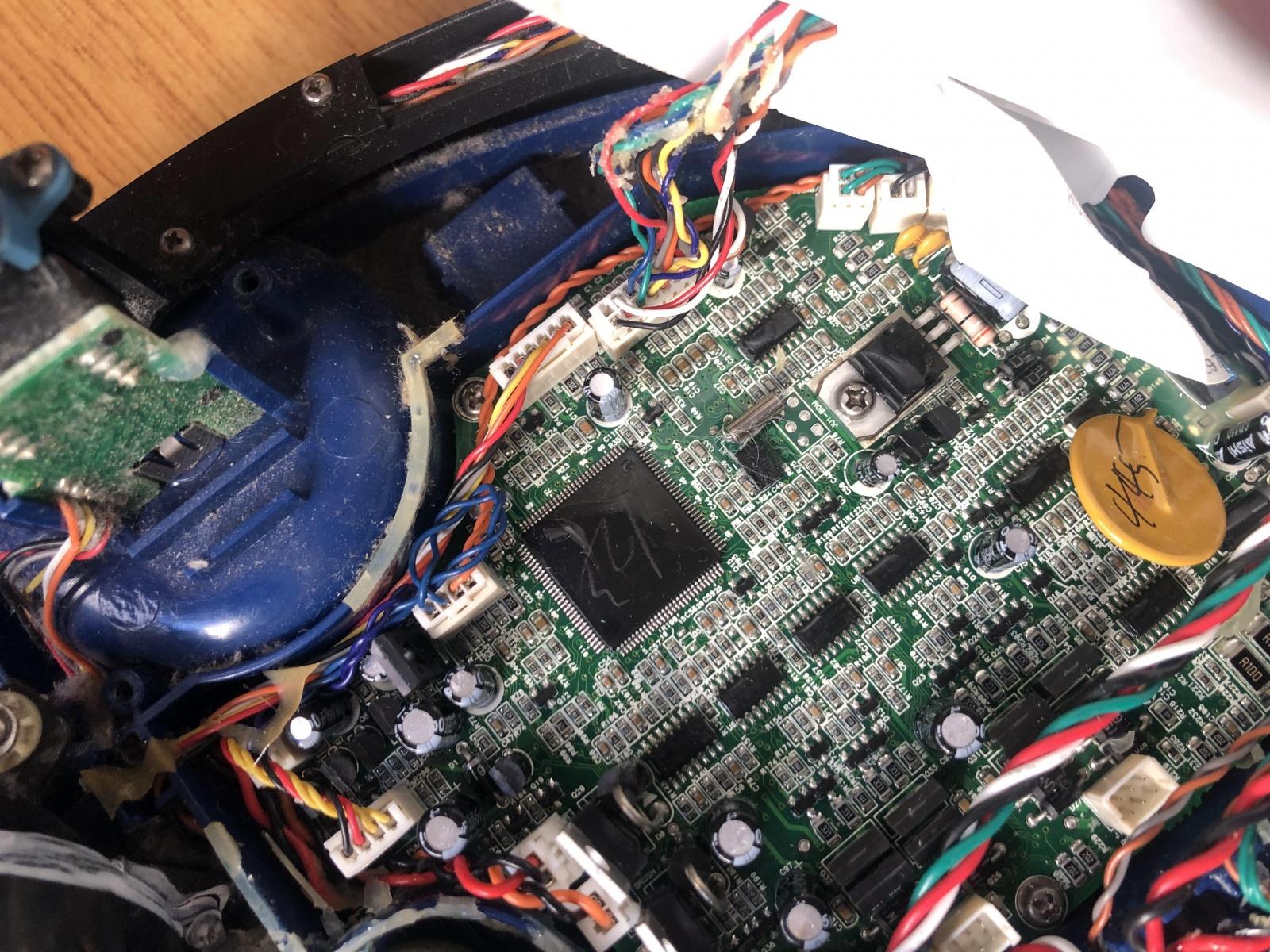 iRobot Scooba: опыт использования и решение часто встречающихся проблем моющего робота-пылесоса - 12