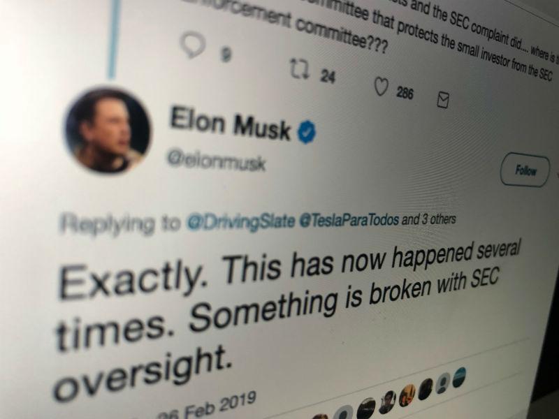 SEC обвинила Илона Маска в нарушении запрета на публикацию важных данных о Tesla в соцсетях - 1