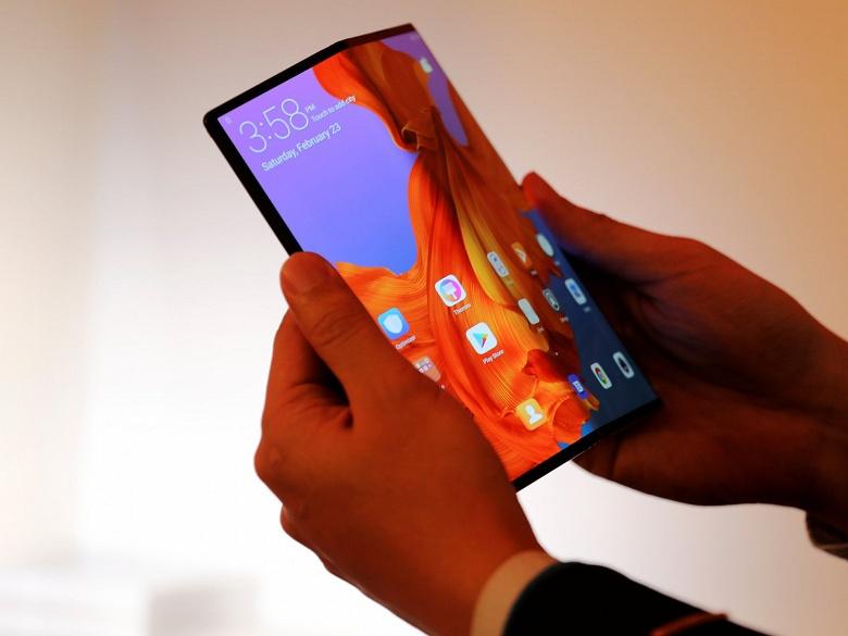 Это было плохо: глава Huawei заявил, что у компании был прототип гибкого смартфона, подобного Samsung Galaxy Fold, но от него отказались