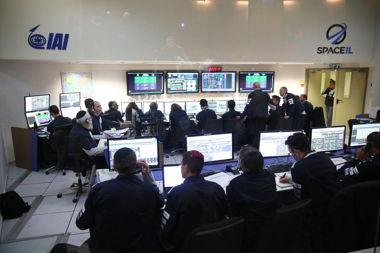 Лунная миссия «Берешит» – инженеры в ЦУП SpaceIL и Israel Aerospace Industries (IAI) решили возникшие проблемы - 1