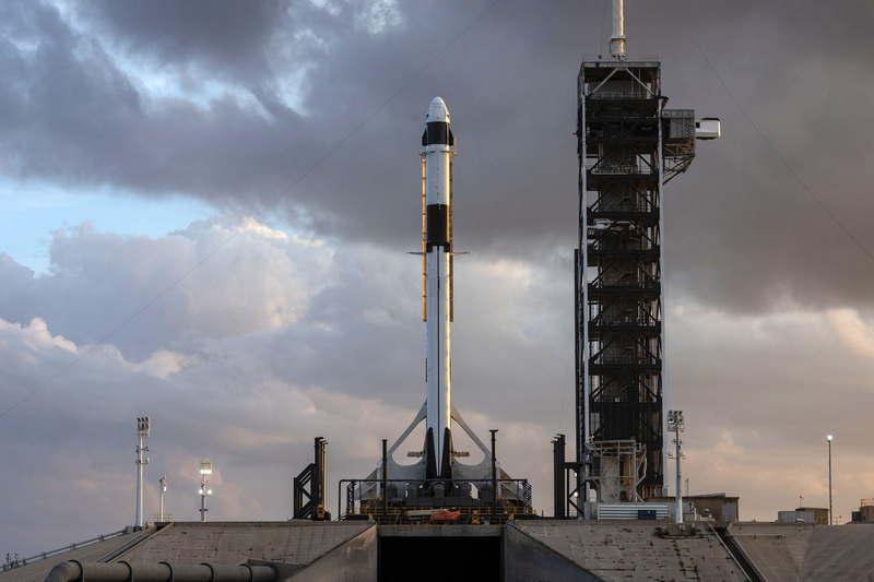 НАСА дало добро на беспилотный испытательный запуск Дракона-2 - 3