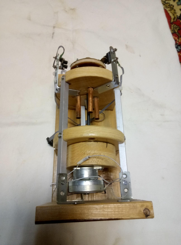 Самогонный сепаратор деревянный.