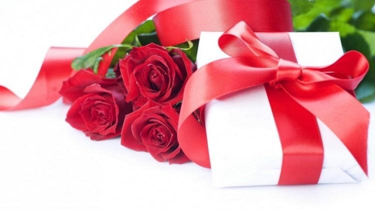 Выбираем подарок к 8 марта с партнёрами 3DNews