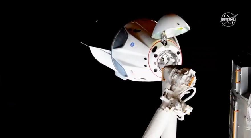 Чем светит Crew Dragon Роскосмосу - 2