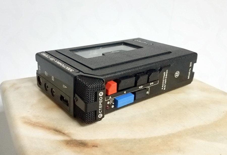 История советских кассетников (часть вторая): бум Walkman`ов, гаджет для КГБ и магнитофоны-конструкторы - 10