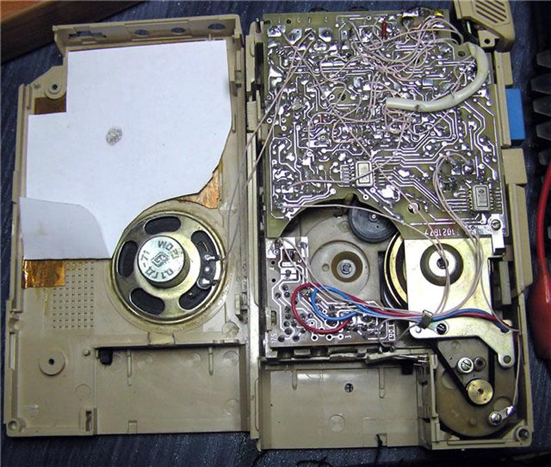 История советских кассетников (часть вторая): бум Walkman`ов, гаджет для КГБ и магнитофоны-конструкторы - 19