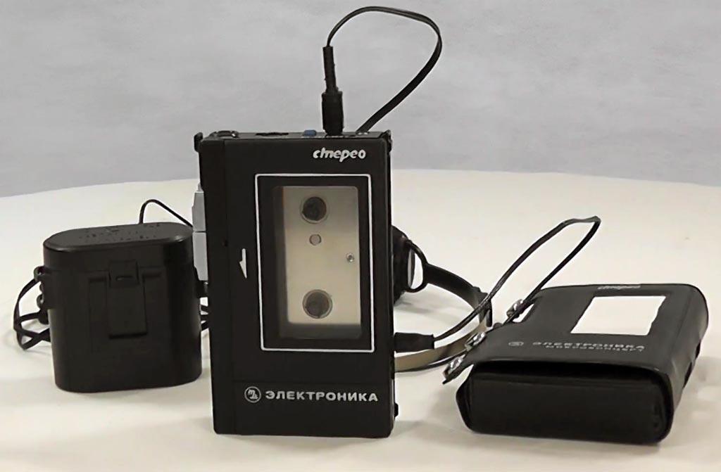 История советских кассетников (часть вторая): бум Walkman`ов, гаджет для КГБ и магнитофоны-конструкторы - 3
