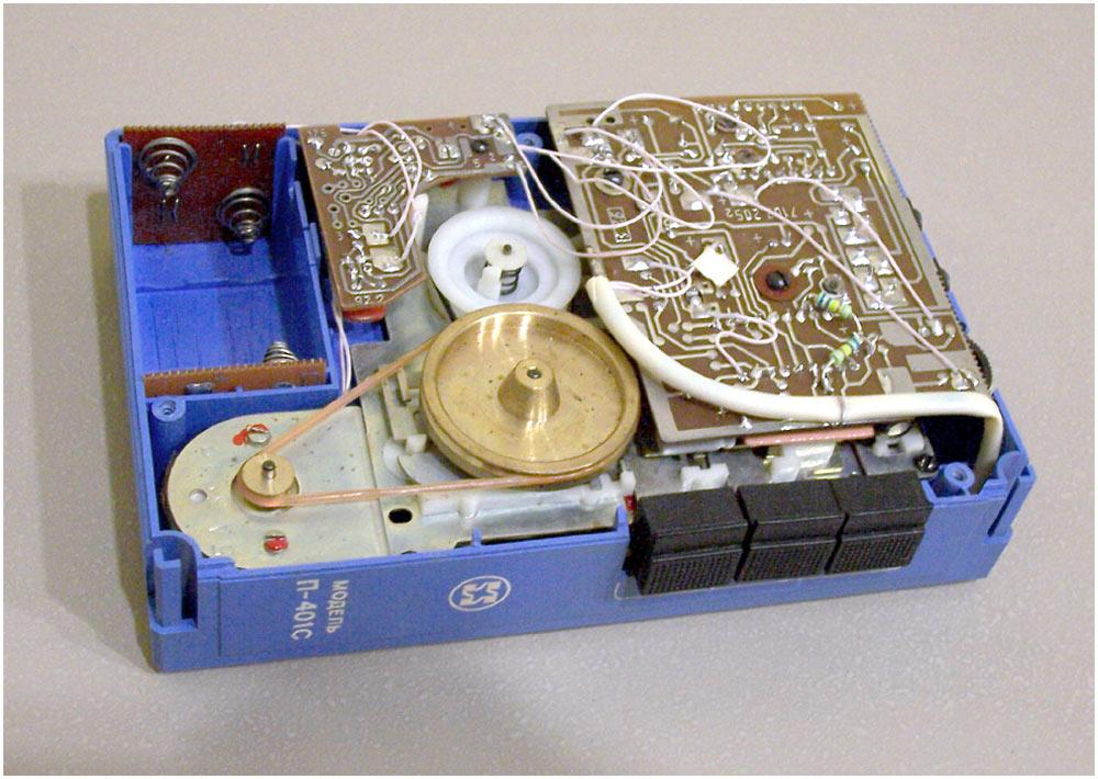 История советских кассетников (часть вторая): бум Walkman`ов, гаджет для КГБ и магнитофоны-конструкторы - 5