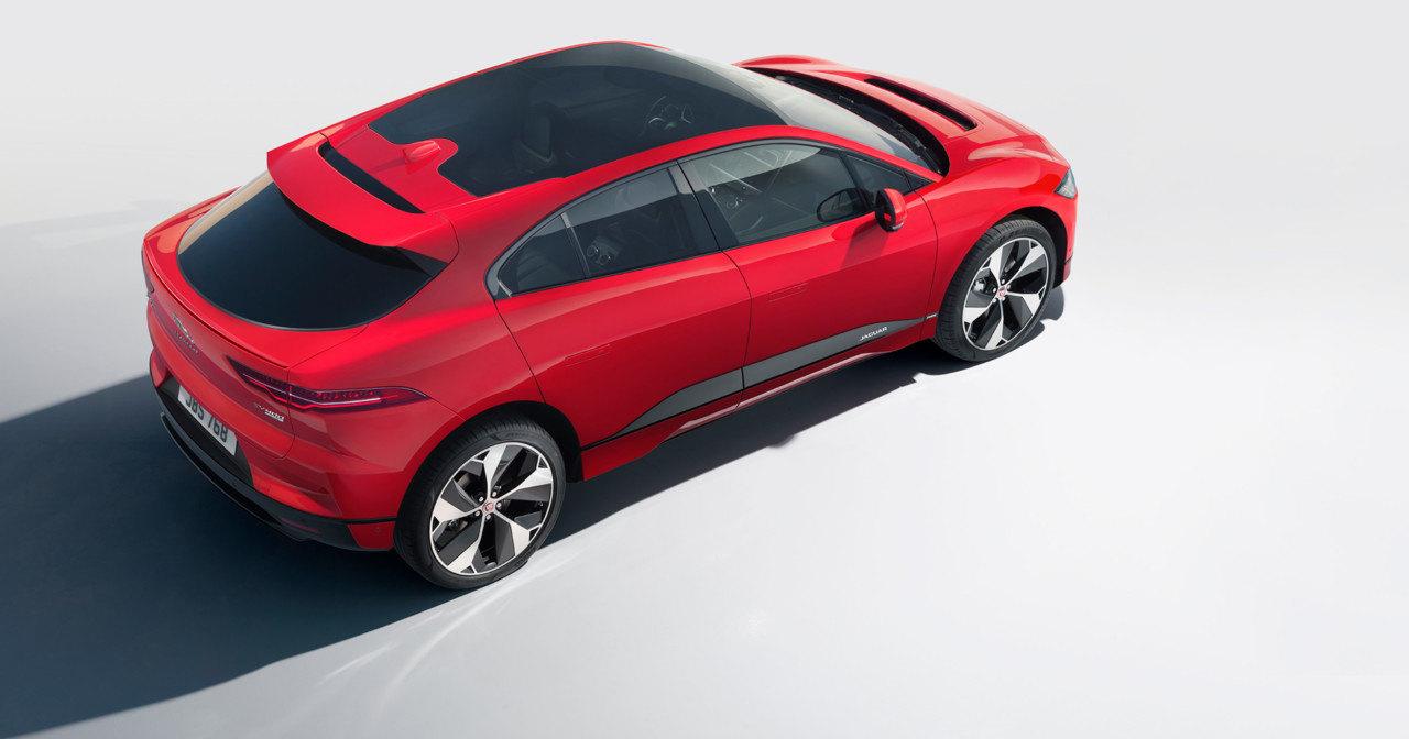 Автомобилем года стал электрический Jaguar I-Pace