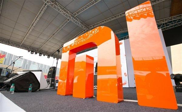 За год численность персонала Xiaomi увеличилась на 60%
