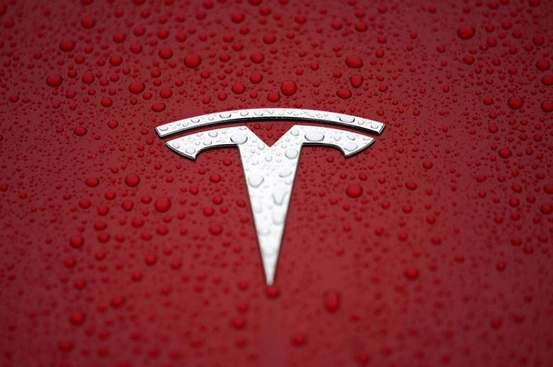 Tesla берет в Китае кредит на постройку «гигафабрики» и увеличивает общую сумму обязательств