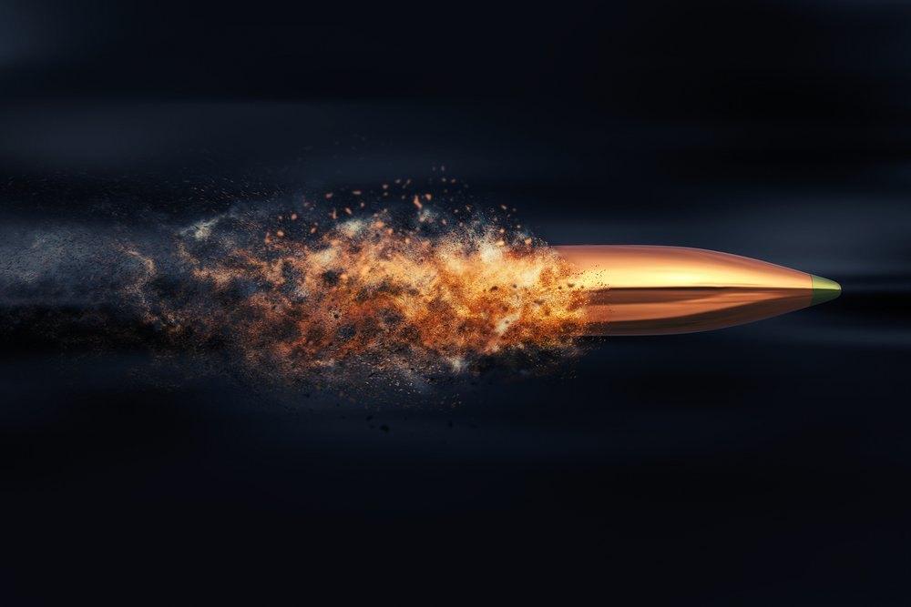 Что будет, если выстрелить, двигаясь со скоростью пули