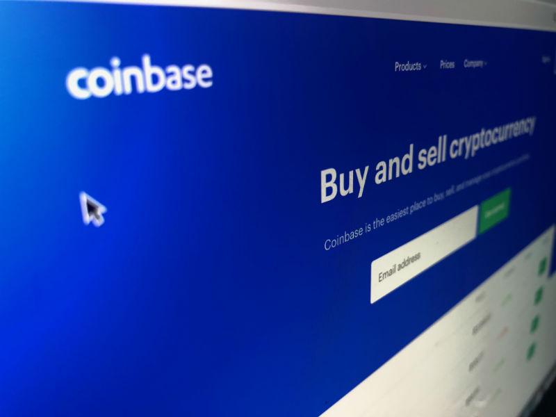 Криптобиржа Coinbase теряет пользователей из-за покупки стартапа создателей шпионского софта из Hacking Team - 1
