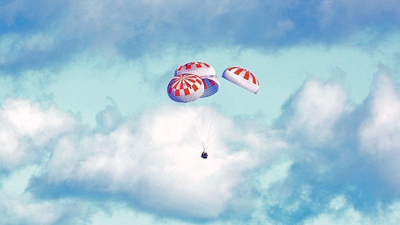 Посадка Crew Dragon и видео выстрела по астероиду - 6