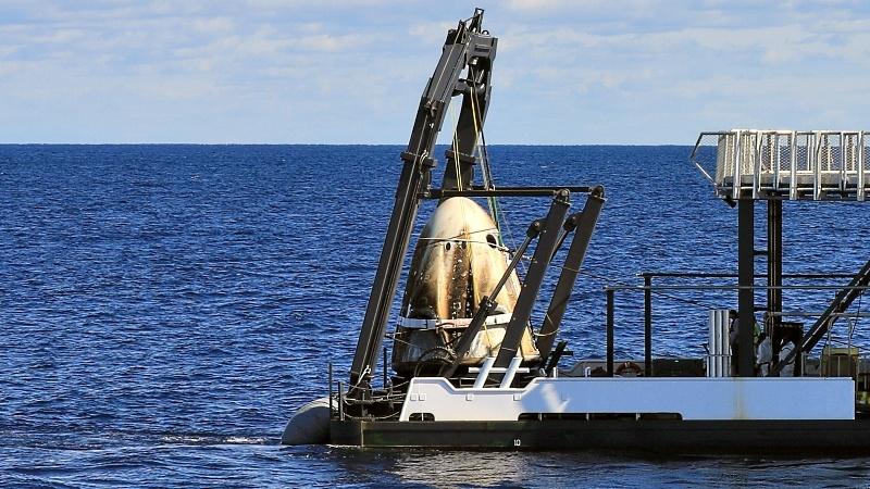 Посадка Crew Dragon и видео выстрела по астероиду - 1