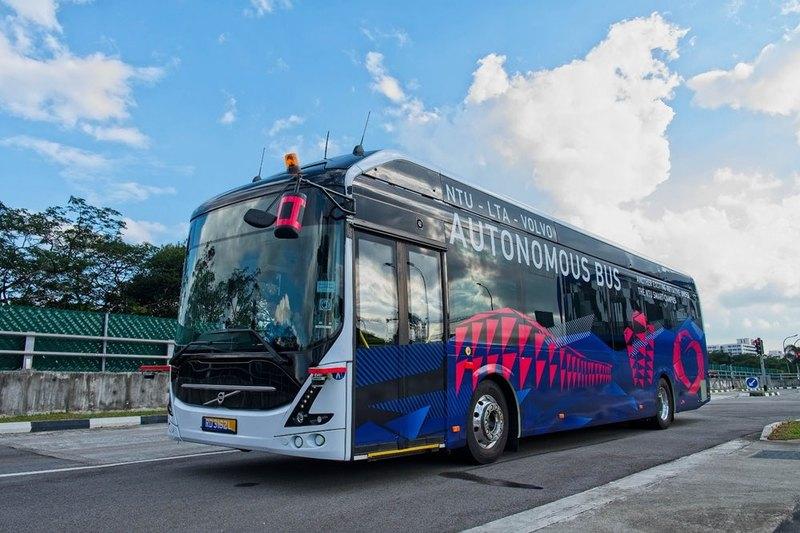 Представлен полноразмерный беспилотный электробус Volvo