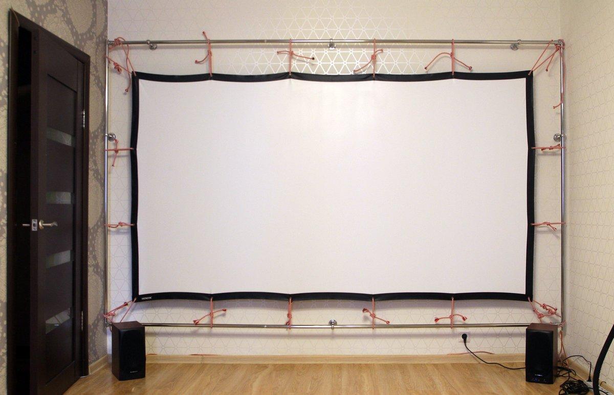 Сказ о том, как я собирал 120-дюймовый домашний кинотеатр из труб, веревок, складного экрана и черного бархата - 26