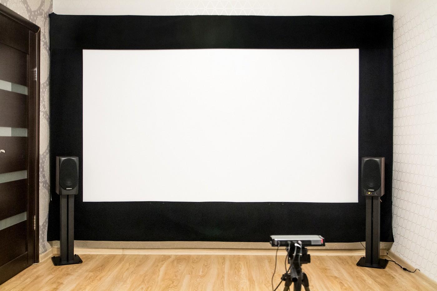Сказ о том, как я собирал 120-дюймовый домашний кинотеатр из труб, веревок, складного экрана и черного бархата - 35