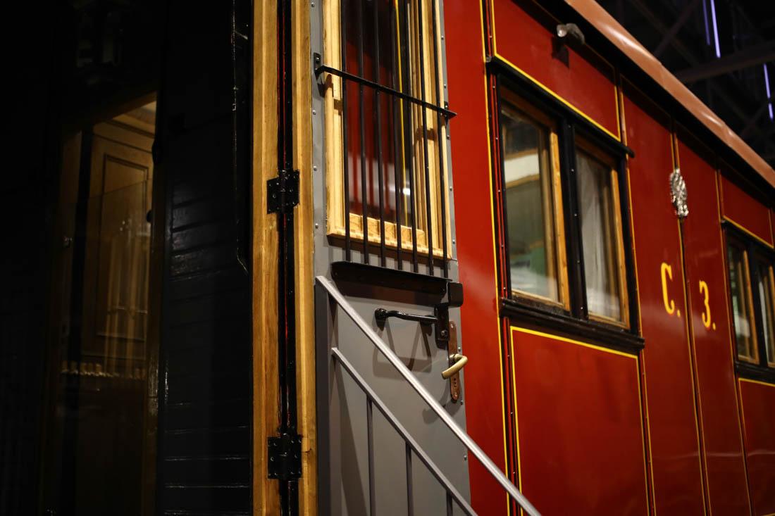 Устройство старинных вагонов и сигнальная верёвка как прообраз локальной сети поезда - 2