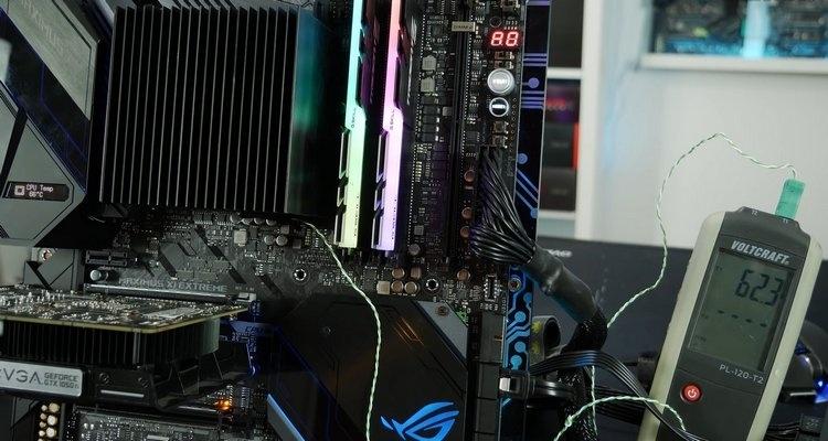 Intel Core i9-9900K смог работать с пассивным охлаждением
