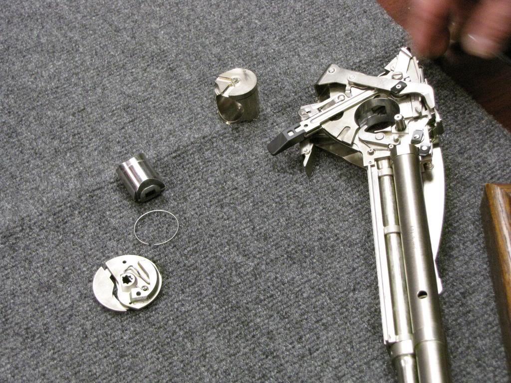 Что курил конструктор: необычное огнестрельное оружие - 12