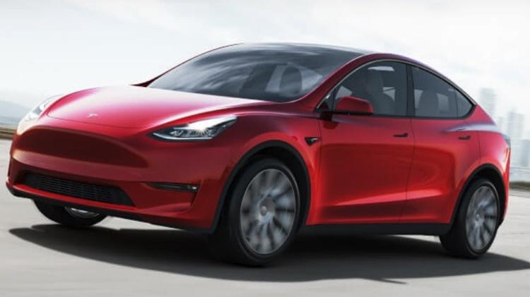 Tesla Model Y: электрокроссовер по цене от $39 000 с запасом хода до 480 км