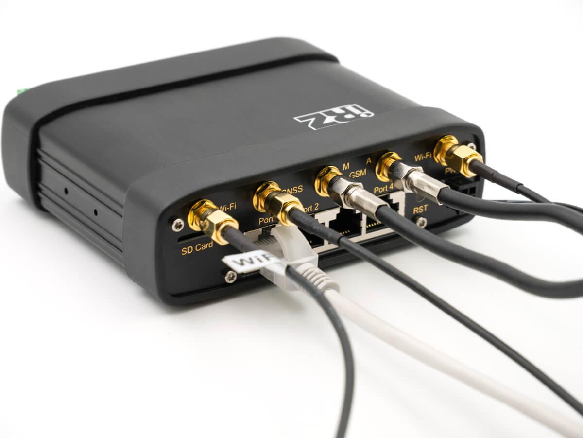 Ни минуты оффлайн — Выбираем промышленный LTE-роутер - 36