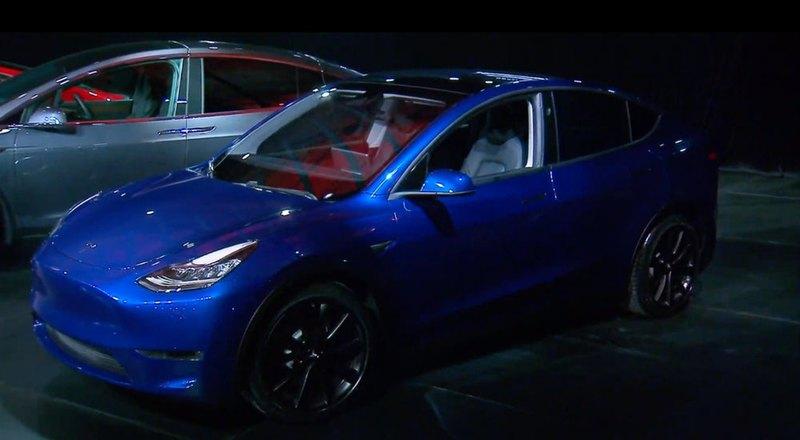 Tesla презентовала кроссовер Model Y - 5
