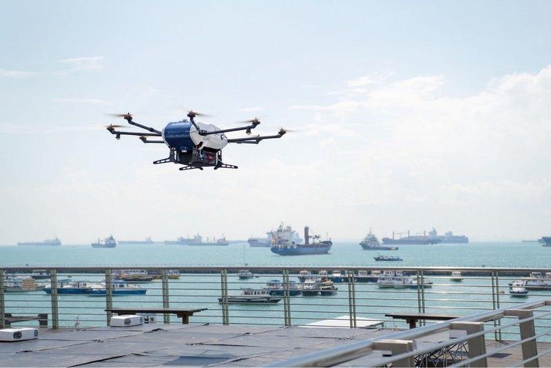 Дрон Airbus начал доставлять грузы на корабли - 2