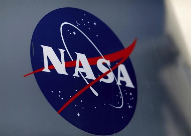 NASA рассматривает возможность отправки зонда к гигантскому астероиду