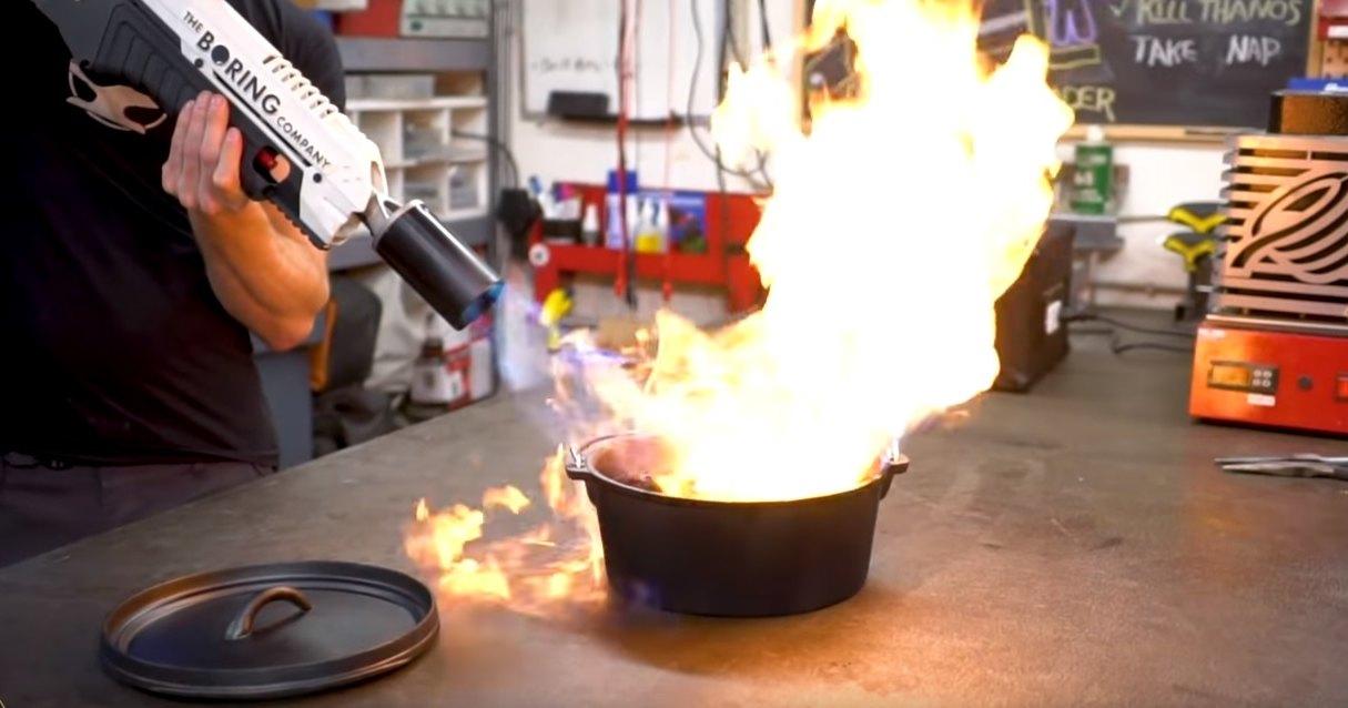 Зачем нужна закалка стали: испытание молотом Тора