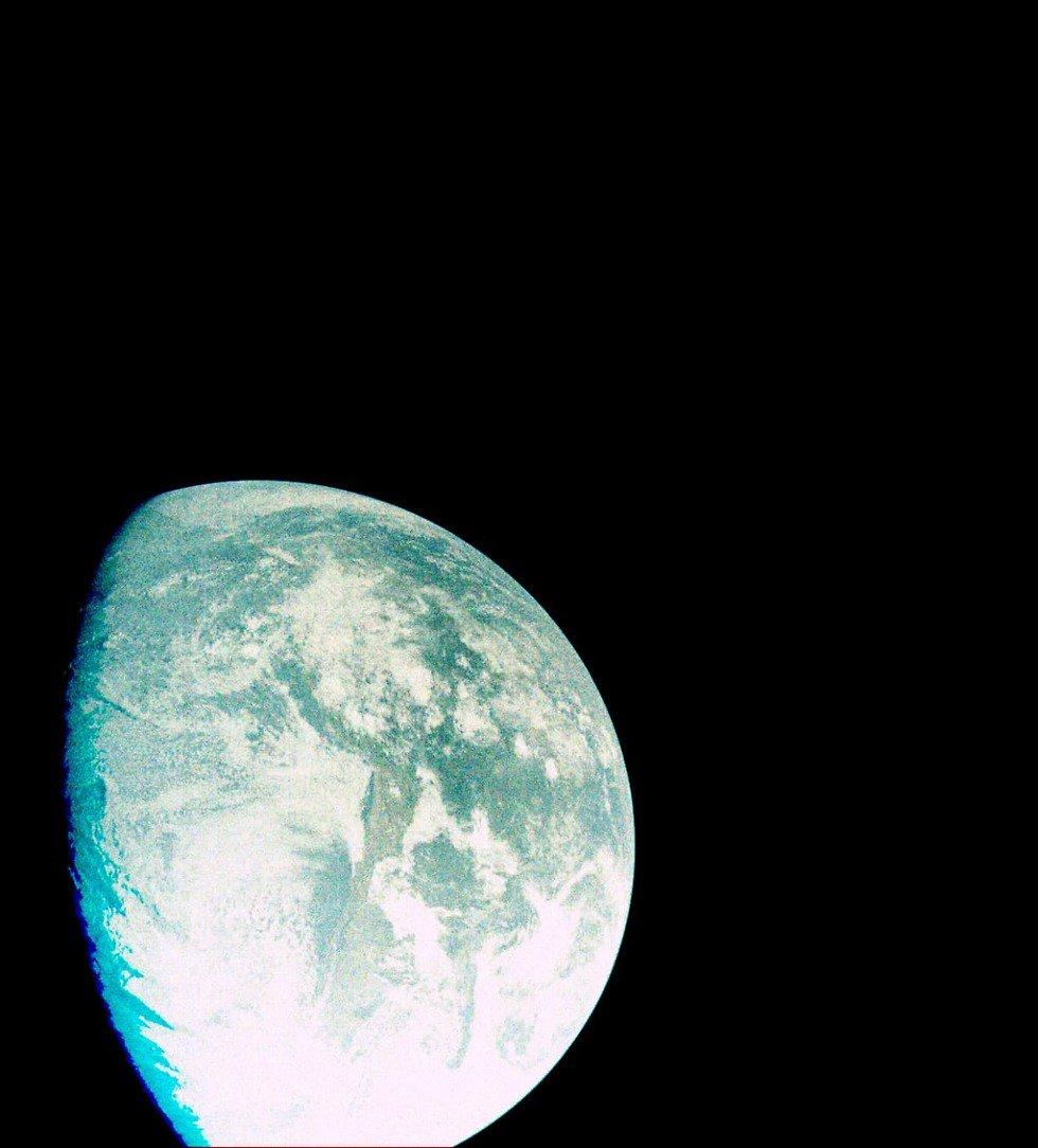 Лунная миссия «Берешит» – первое видео с бортовой камеры и новые фотографии в космическом пространстве - 9