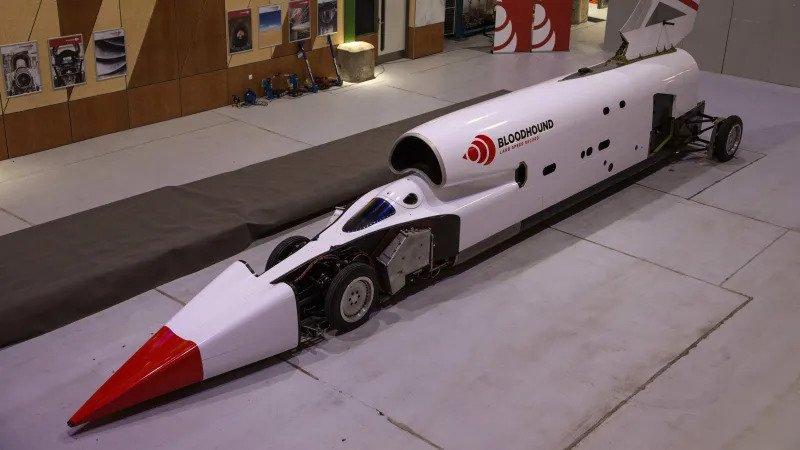 Проект сверхзвукового автомобиля для нового рекорда скорости перезапущен
