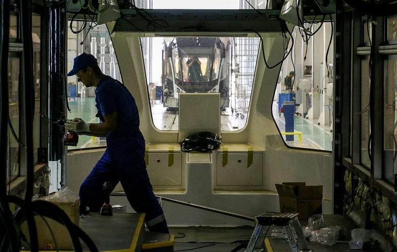 В России может появиться беспилотный медицинский трамвай