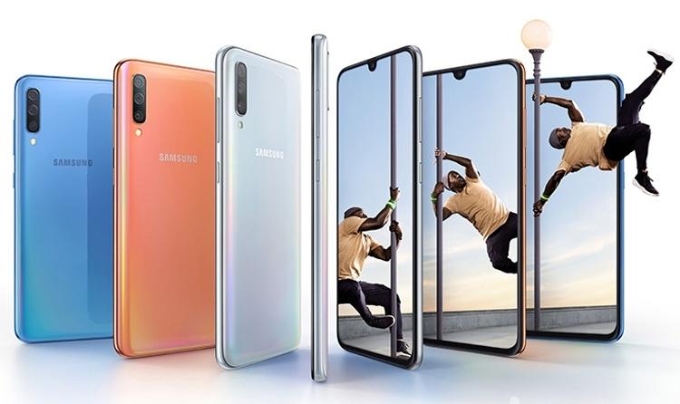 Супербыстрая зарядка и четыре камеры: дебют смартфона Samsung Galaxy A70