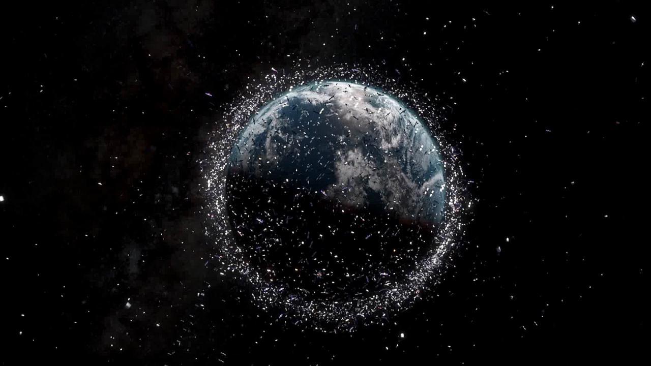 Российская компания представила проект аппарата для уборки космического мусора - 1
