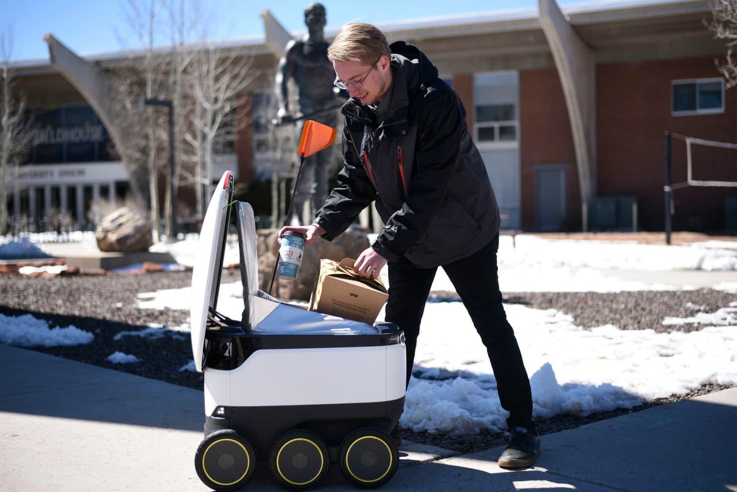 Как робот-доставщик изменил кулинарные привычки американских студентов - 1