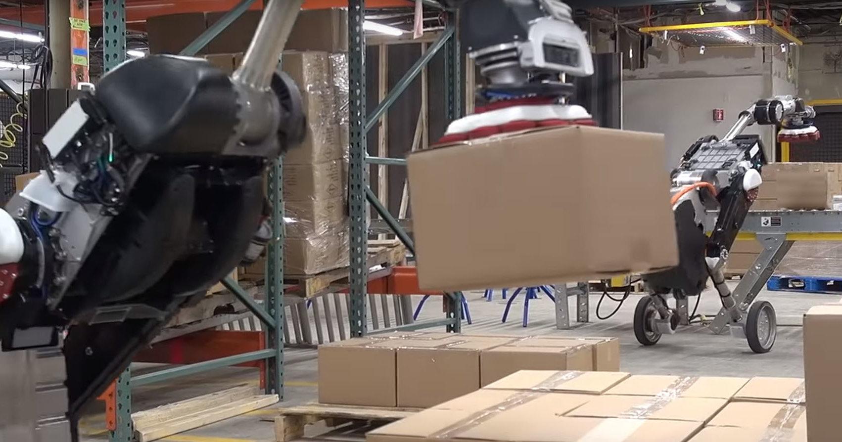 Boston Dynamics представила робота-грузчика