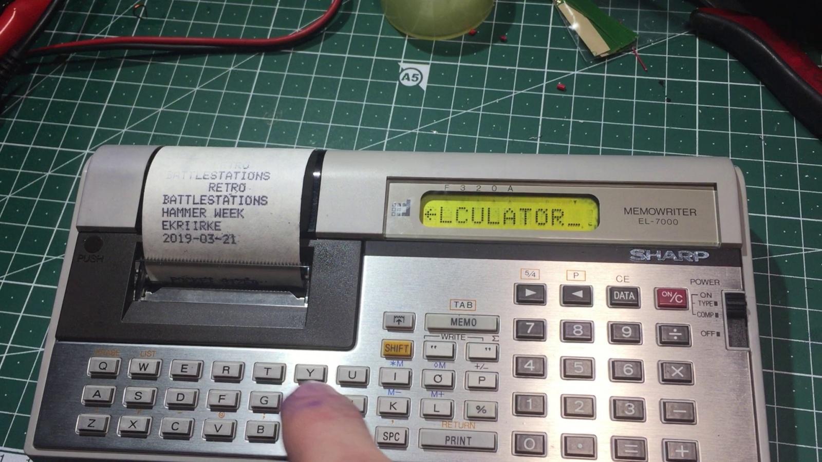 Ремонт устройства хранения и печати заметок Sharp Memowriter EL-7000 после протечки аккумуляторов - 1
