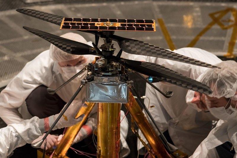 Вертолет NASA впервые взлетел в марсианских условиях
