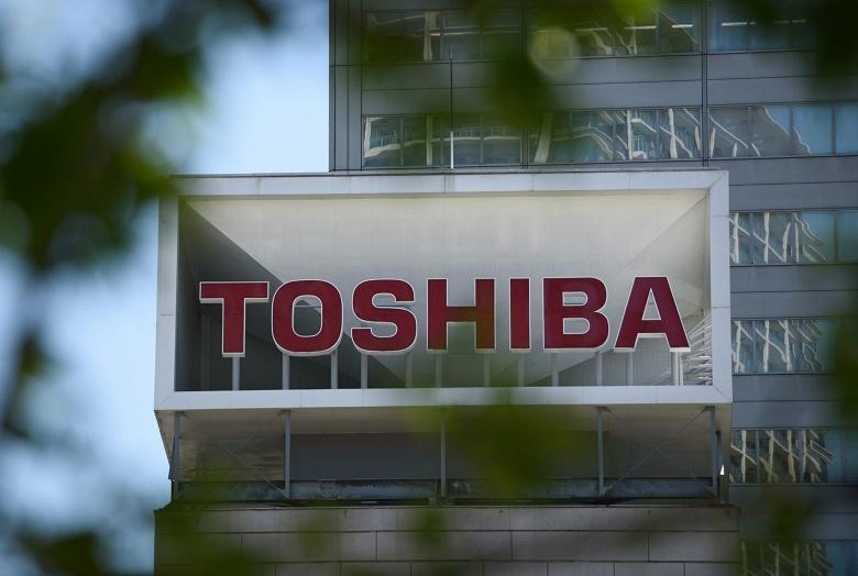 Toshiba объединяет два дочерних предприятия