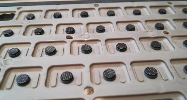 Изготовление реплик отсутствующих клавиш для «резиновой» клавиатуры Commodore 116 - 27