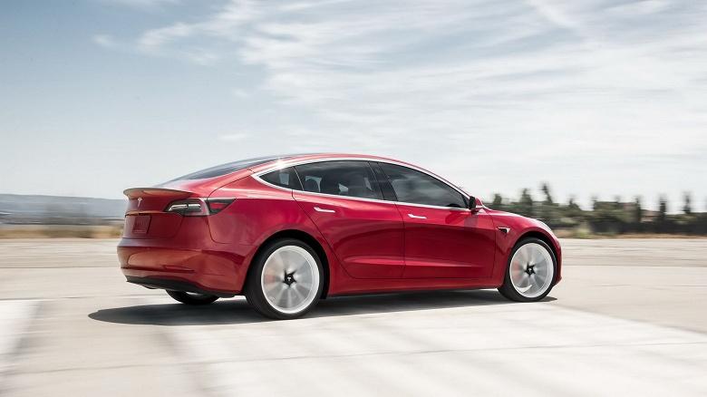 Поставки электромобилей Tesla выросли более чем вдвое