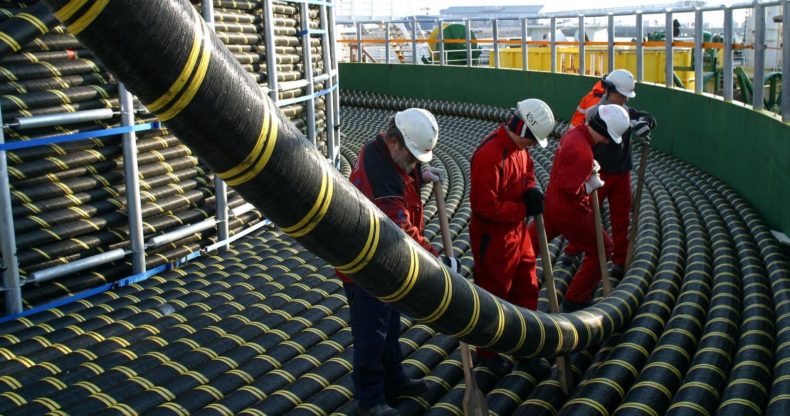 Вести со дна: IT-гиганты начали активно строить собственные подводные магистральные сети - 1