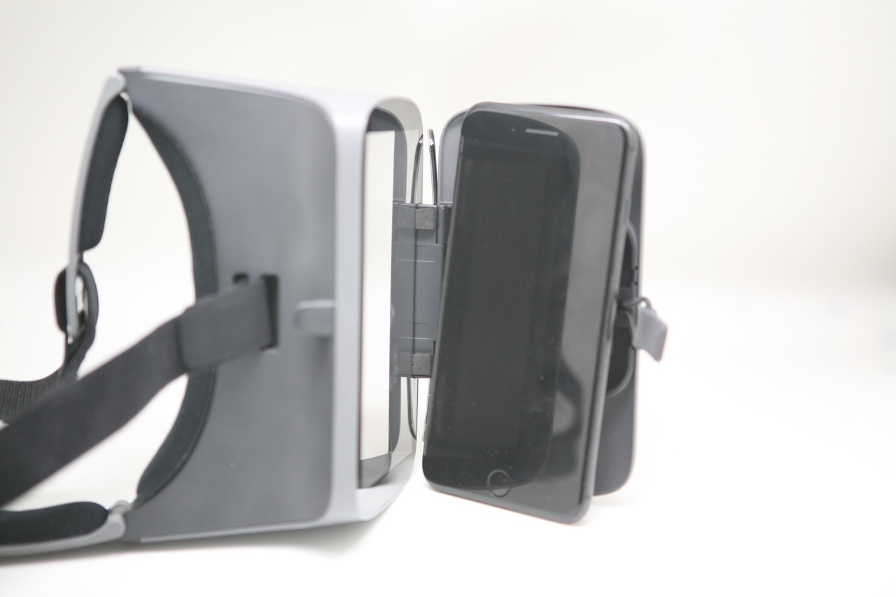 Занятный опыт просмотра видео: вместо VR — очки с зеркалами Ximmerse Visor-X - 11