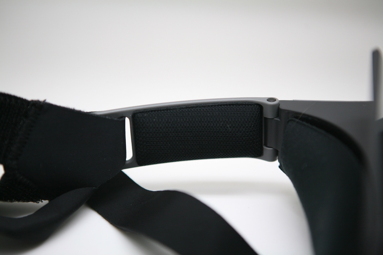 Занятный опыт просмотра видео: вместо VR — очки с зеркалами Ximmerse Visor-X - 15